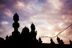 Силуэт мечети стоковые изображения rf