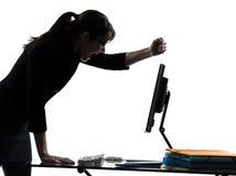Силуэт нервного расстройства сбоя в работе компьютера бизнес-леди Стоковая Фотография RF