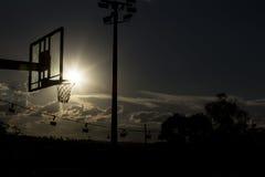Силуэт обруча баскетбола Стоковая Фотография RF