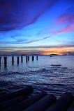 Силуэт острова Sichang с twilight небом стоковые изображения rf