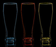 Силуэт стекла пива цвета на черной предпосылке Стоковая Фотография