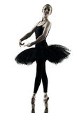 Силуэт танцев танцора балерины изолированный женщиной Стоковые Фото