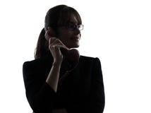 Силуэт телефона бизнес-леди Стоковая Фотография RF