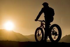 силуэт элемента конструкции велосипедиста Стоковая Фотография