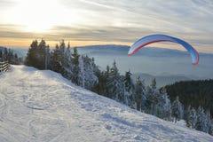 Силуэт Paraglide Стоковое Изображение RF