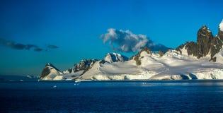 Сильные волнения в Антарктике стоковые изображения rf