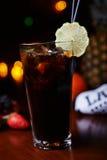 Сильные коктеиль или лимонад спирта с украшением Стоковая Фотография RF