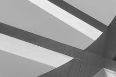 Сильные стальные балки сваренные совместно на острых углах Стоковая Фотография
