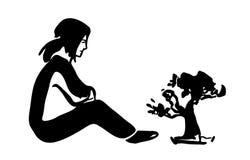 Сидя девушка и малое дерево Стоковое Фото
