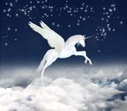 сказовый единорог неба стоковая фотография rf