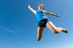 скакать женщины спортсмена Стоковое Изображение RF