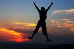 скакать над морем Стоковое Изображение RF