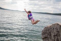 Скакать скалы Стоковое фото RF