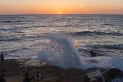 Скала захода солнца в Сан-Диего стоковое изображение