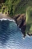 скала пляжа водя к Стоковая Фотография