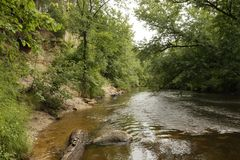 Скала Sandrock, река St Croix, лес положения Knowles губернатора, Висконсин Стоковая Фотография RF