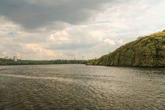 Скалистый правый берег реки Dnieper Стоковые Фотографии RF