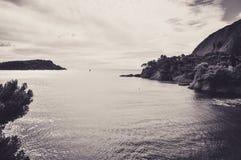 Скалы и заводи над морем на Ла Ciotat Стоковое Фото