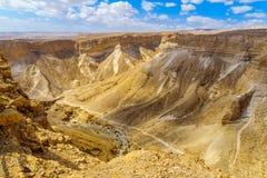 Скалы и ландшафт, осмотренные от Masada стоковые изображения rf