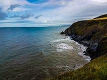 Скалы океана стоковое изображение rf