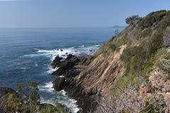 Скалы пляжа и headland, Австралия стоковые изображения rf