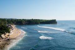Скалы пляжа Balangan, Бали Индонезия Стоковое фото RF
