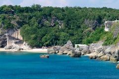 Скалы пляжа Balangan, Бали Индонезия Стоковое Изображение RF