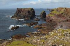 Скалы Eshaness, острова Shetland стоковое изображение rf