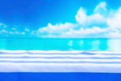 Скатерть в голубых нашивках, морская предпосылка стоковое фото rf