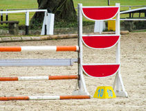 Скача барьер для скачек Стоковые Изображения