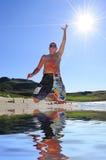 скачка пляжа Стоковые Фотографии RF