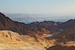 скачком опасная дорога гор к стоковая фотография rf