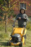 скашивание травы Стоковые Фото