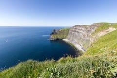 Скала взгляда Moher - Ирландия Стоковые Фотографии RF