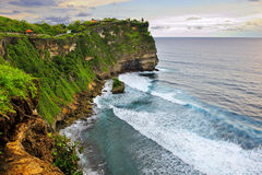 Скала пляжа, Uluwatu, Бали стоковые фотографии rf