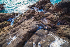 Скалистая береговая линия Arica Чили стоковое фото rf