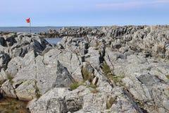 Скалистое побережье на острове Karmoy, Норвегии Стоковое Изображение