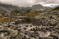 Скалистый ландшафт в высоких горах Tatra Стоковые Изображения