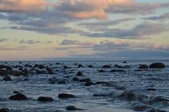 Скалистый берег. Стоковые Фотографии RF