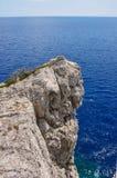 Скалистый мыс на Средиземном море Стоковая Фотография RF