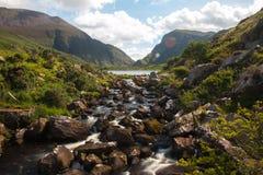 Скалистый поток в зазоре Dunloe Стоковые Фото