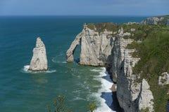 Скалистый пляж в Нормандии Стоковая Фотография