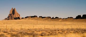 Скалистый скалистый Butte Shiprock Неш-Мексико Соединенные Штаты стоковое фото