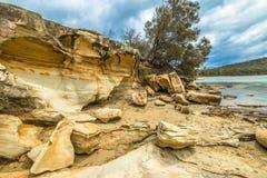 Скалы в заливе Тасмании известки Стоковые Изображения