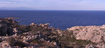 Скалы и береговая линия Стоковые Изображения RF