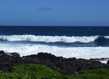 Скалы на пляже Makapuu, Оаху, Гаваи Стоковая Фотография