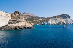 Скалы Kleftiko, Milos остров, Киклады, Греция Стоковые Фото