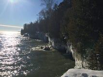 Скалы Lake Michigan в зиме Стоковая Фотография RF