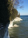 Скалы Lake Michigan в зиме Стоковые Изображения RF