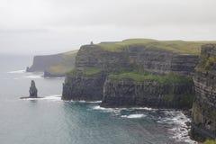 Скалы moher в Кларе co , Ирландия Стоковая Фотография RF